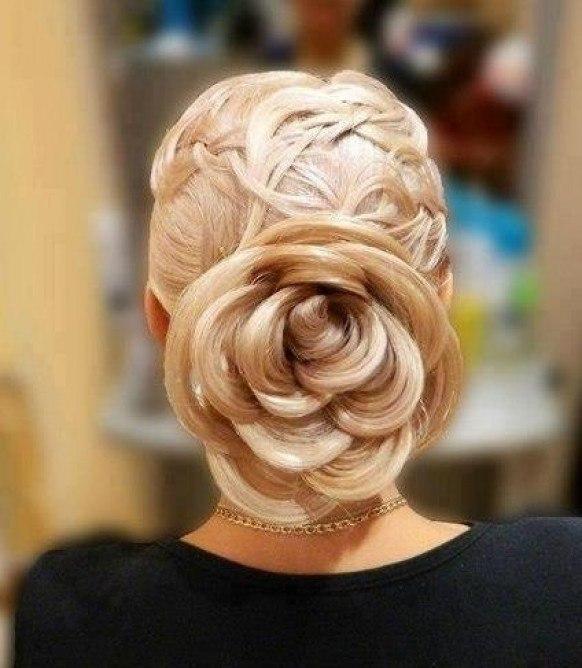прически на длинные волосы цветок из волос видео